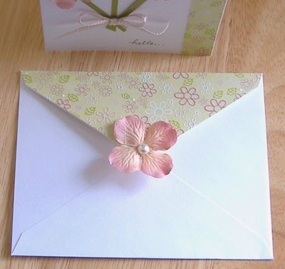 View of the envelop with flower on the tab.