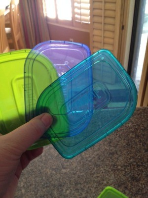 Three differnet color lids.