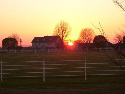 Sunet and farm.
