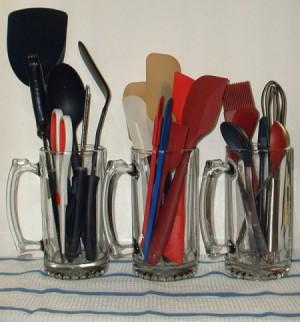 Beer Mugs To Hold Kitchen Utensils