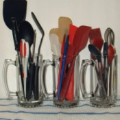 Beer Mugs To Hold Kitchen Utensils