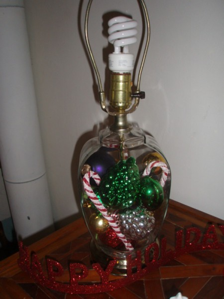 Decorating a Lamp for the Holidays