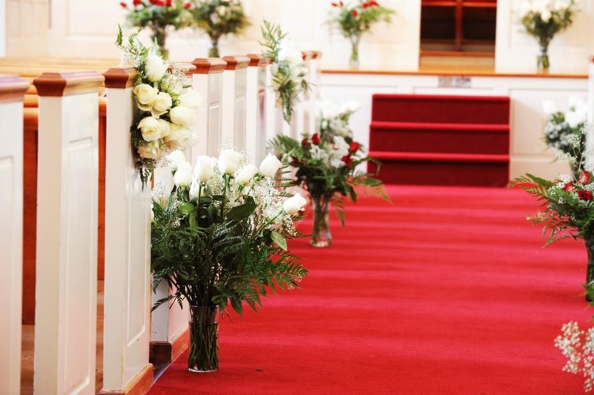 Decorating A Church For A Wedding Thriftyfun
