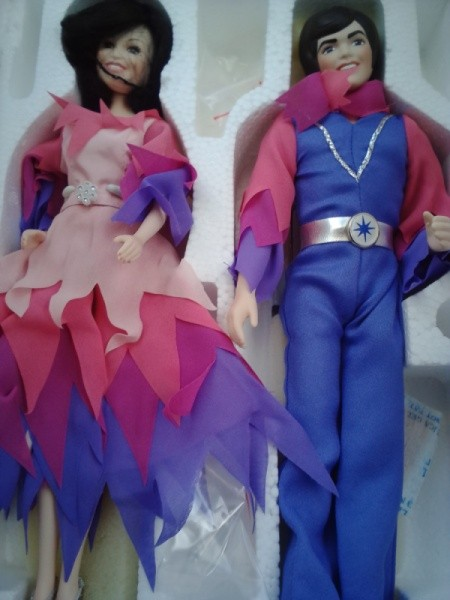 Dolls in matching outfits.