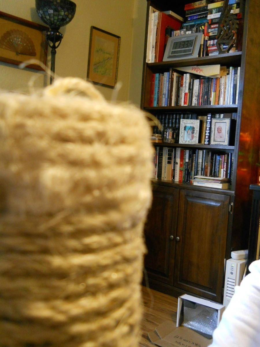 Repairing a Sisal Wrapped Cat Scratching Post | ThriftyFun
