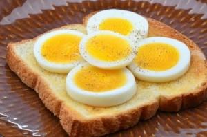 Sliced Eggs on Toast