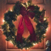 Lighted Outdoor Christmas Wreath