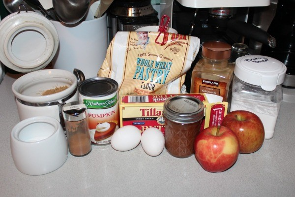 Pumpkin Apple Muffins ingredients