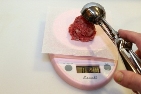 weigh meat