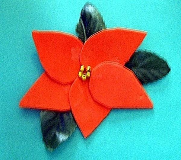 Poinsettia Pin