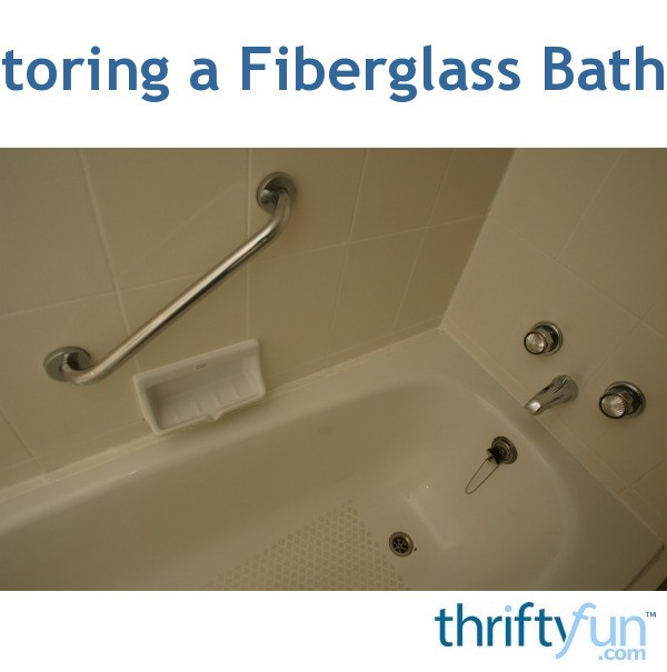 Discoloration in a Fiberglass Bathtub | ThriftyFun