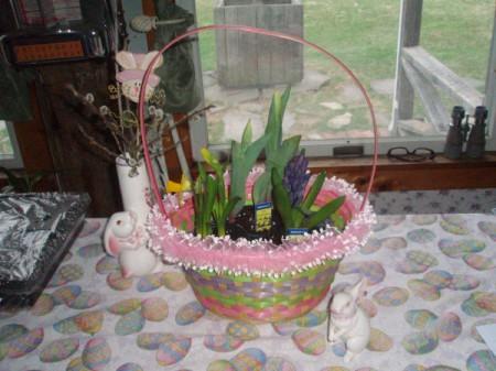 Easy Easter/Spring Centerpiece