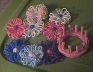 Using the Knifty Knitter Flower Loom