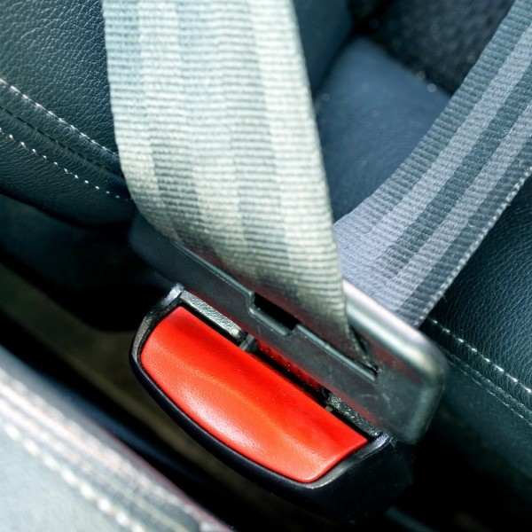 Cleaning Car Seat Belts