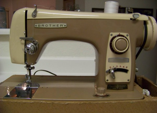Sewing Machine Is Breaking Or Bending Needles ThriftyFun New Broken Sewing Machine Needle