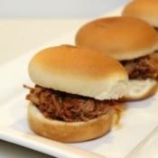 pulle pork sandwiches