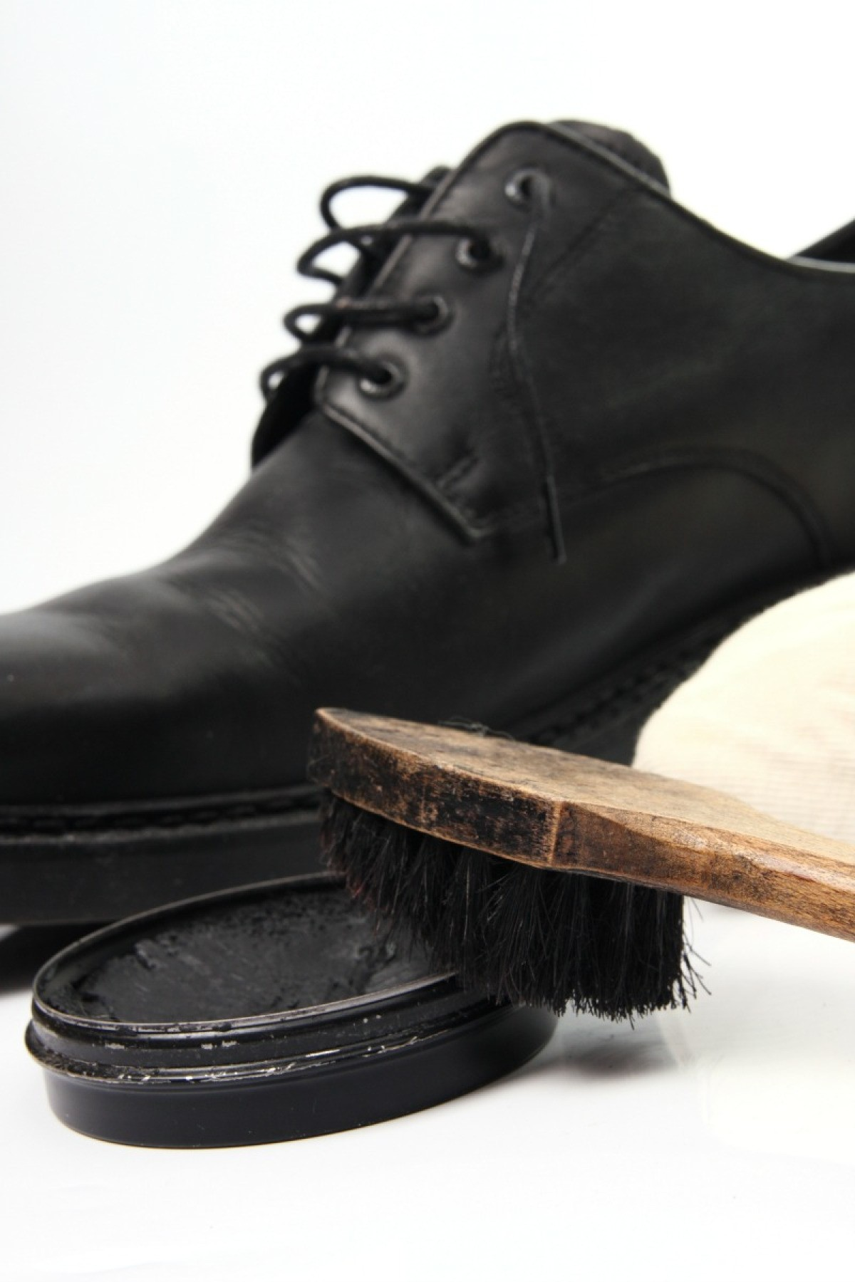 Cleaning Shoe Polish Stains On Clothing Thriftyfun