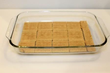 graham cracker layer 1