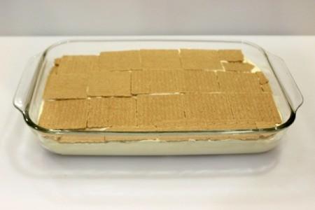 graham cracker layer 3