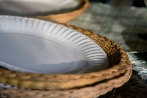 Wickker Paper Plate Holders