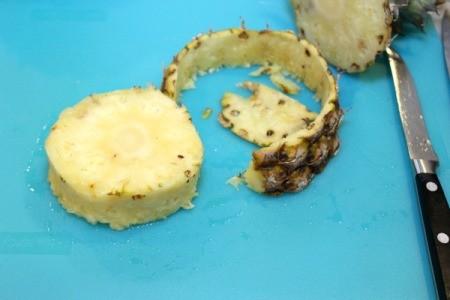remove pineapple peel 2