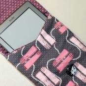 kindle in pouch 1