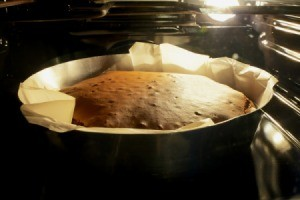 cake baking in the oven