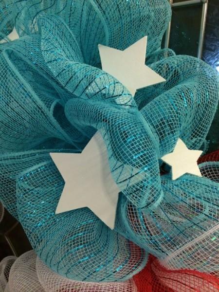 attach stars to wreath