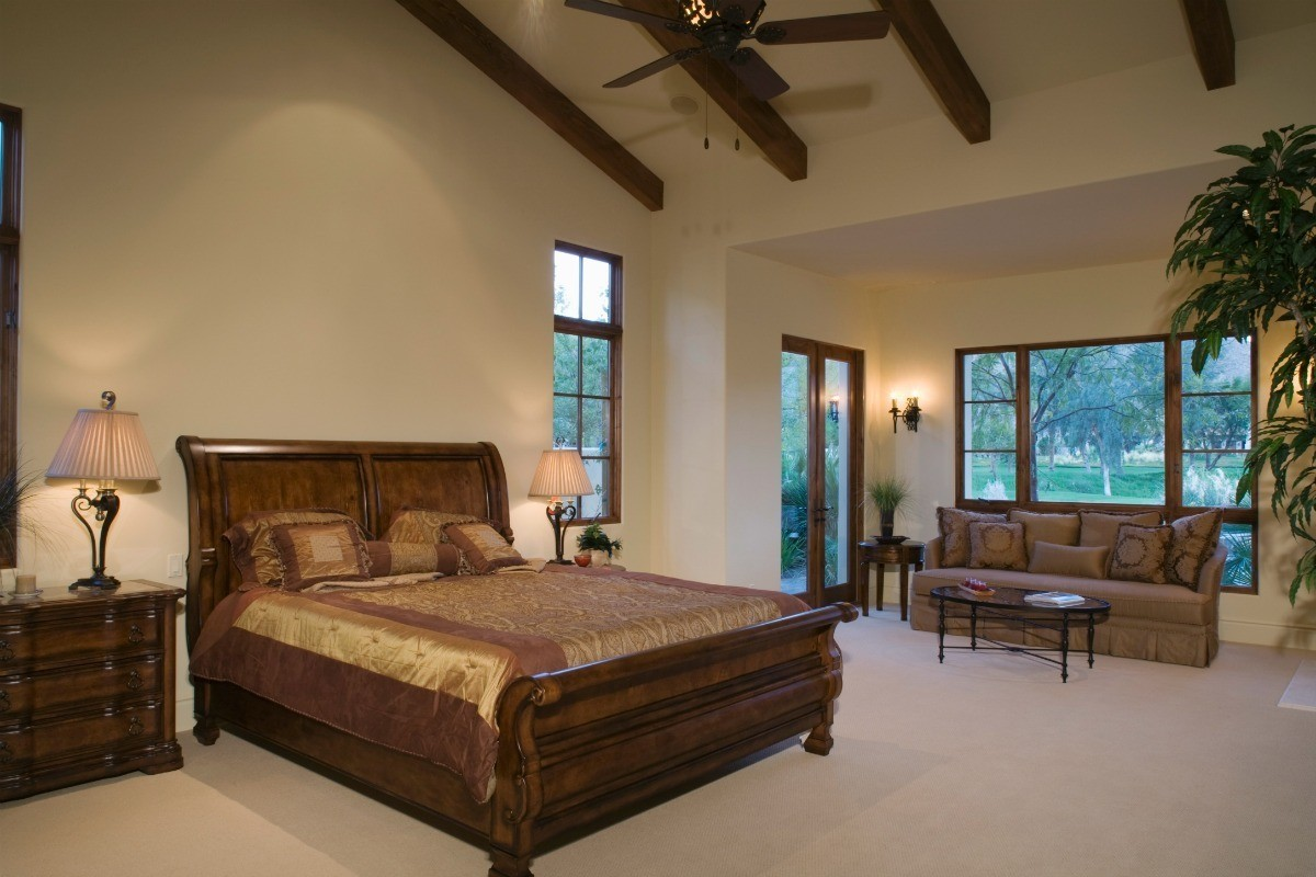 Choosing Bedding For A Sleigh Bed Thriftyfun