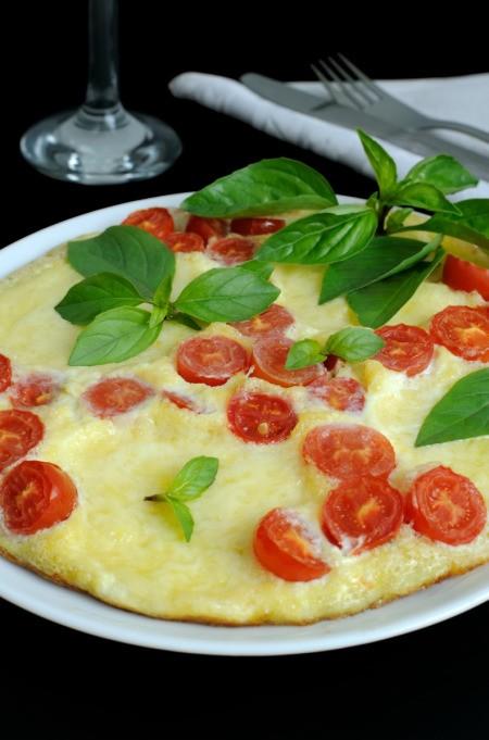 Caprese omelet
