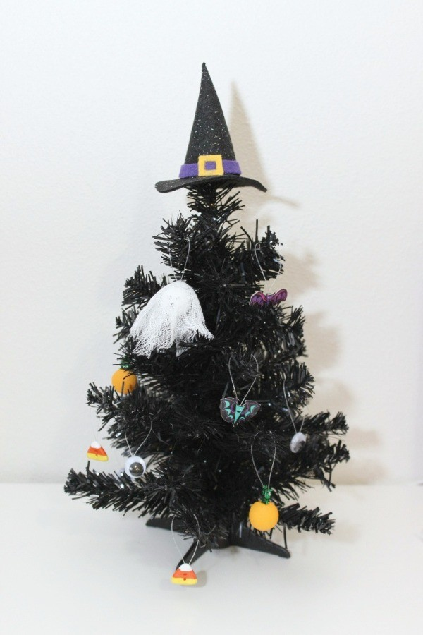 mini halloween tree with ornaments - Halloween Tree Ornaments