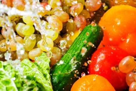 washing fruits and veggies