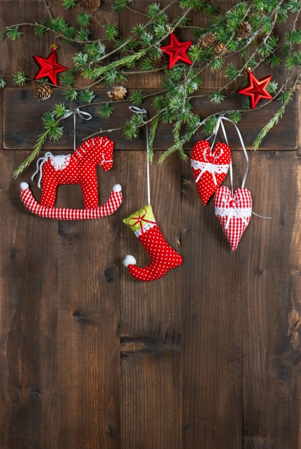 Fabric Christmas Decorations: Rocking Horse, Stocking And Hearts