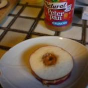 Apple-Peanut Sandwich