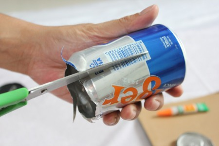 cutting down side of can