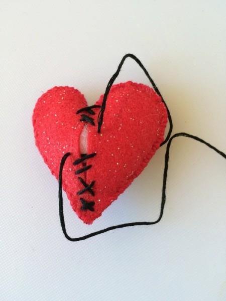 make sewn heart 2