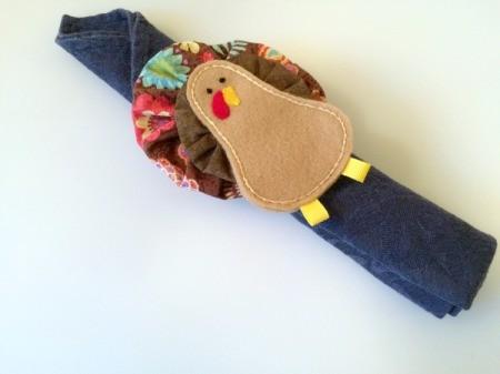 Fabric Yo Yo Turkey napkin ring