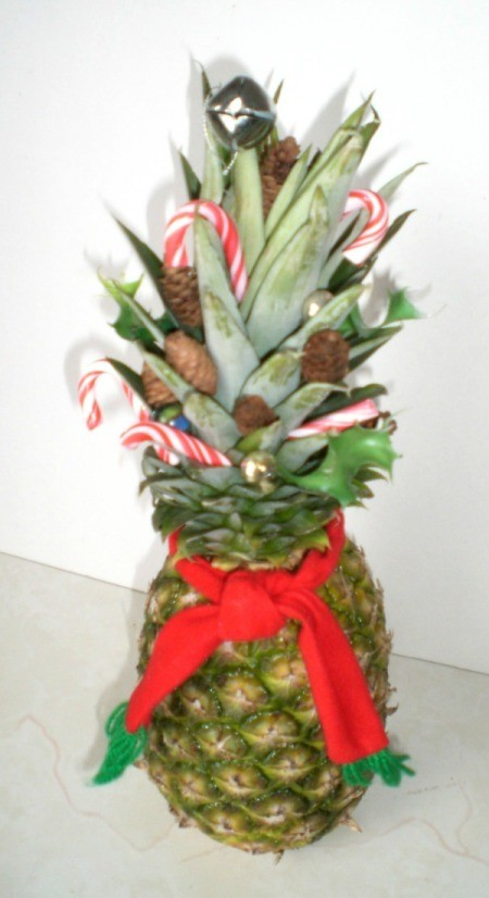 Christmas table decoration made with pineapple