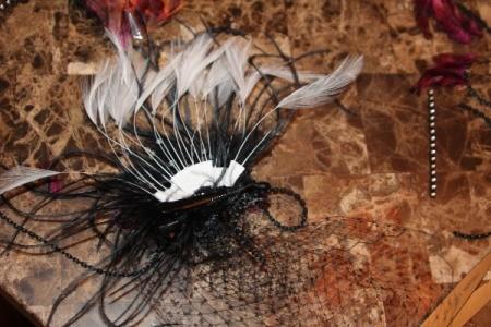 gluing feather fan