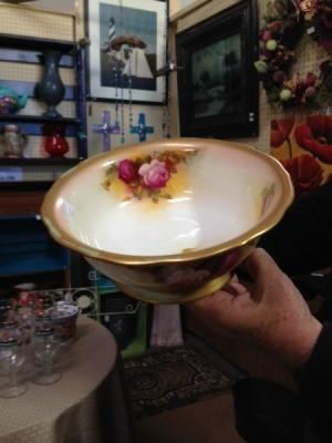 gold trimmed bowl