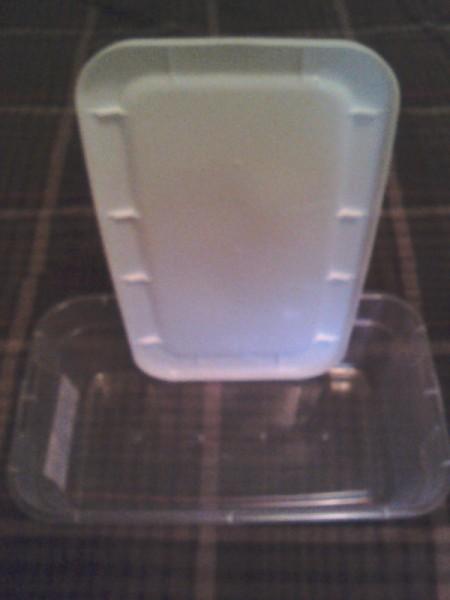 Storage Box Keeps Produce Fresher Longer