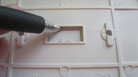 tracing switch opening onto paper