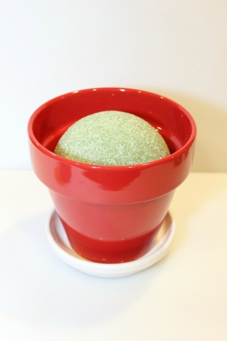 foam ball in pot