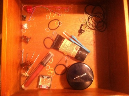 TV Dinner Trays As Drawer Organizers