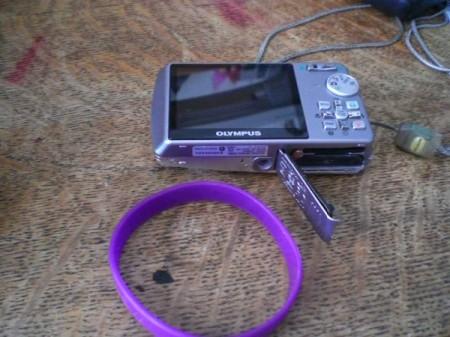 Bracelet to Fix Broken Camera Hinge