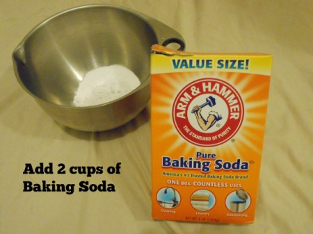 Pampering Lemon Peppermint Bath Bombs - Adding baking soda