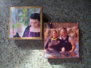 Photo Tiles without brushstrokes.
