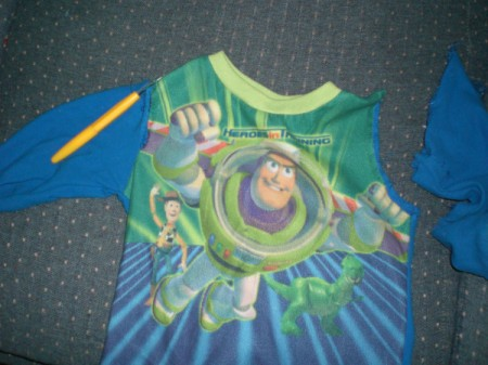 Make Capes from Favorite T-Shirts