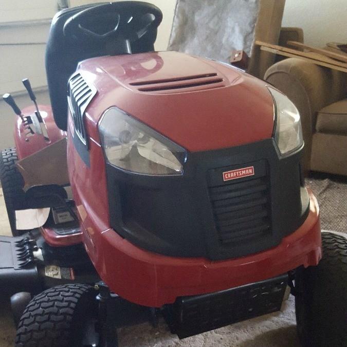 Craftsman LT 2000 Riding Mower Won't Start | ThriftyFun