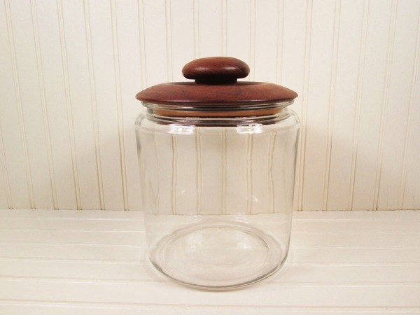 Gl Cookie Jar With Wood Lid
